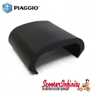 Carrier Clip PIAGGIO (Luggage Carrier Rack, Rear, plastic, black) (Vespa GTS/GTV/GT 60/LXV)